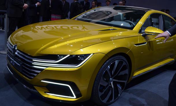 VW Sport Coupé Concept GTE Passat CC 2016 Studie Genfer Autosalon 2015