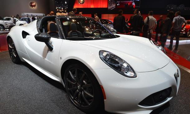 Alfa Romeo 4C Spider Roadster Preis Marktstart Frontansicht