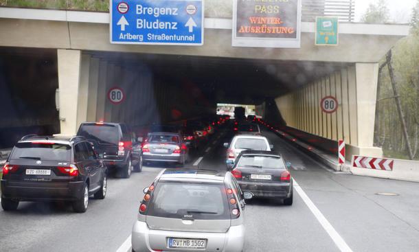 arlbergtunnel sperrung april 2015 schweiz sanierung sommer urlaub
