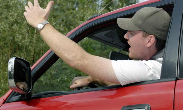 Ärger im Auto Autofahrer Umfrage Wut Statistik Aufreger Ursachen