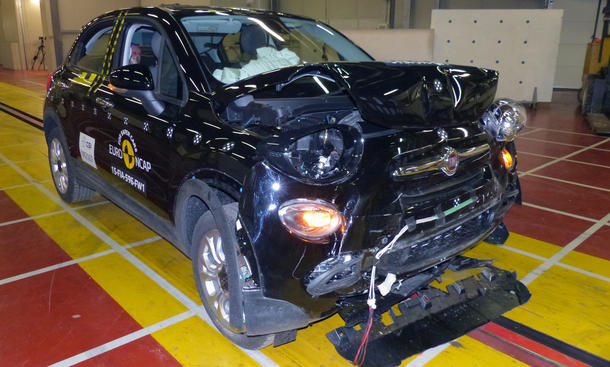 Fiat 500X 2015 Euro NCAP Crashtest Sicherheit Crossover Kleinwagen