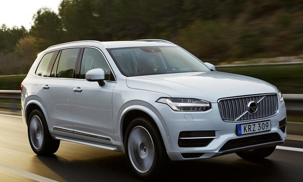 volvo xc90 t8 plug in hybrid weniger verbrauch. Black Bedroom Furniture Sets. Home Design Ideas