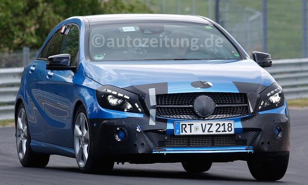 Mercedes A-Klasse Facelift 2015 Erlkönig Modellpflege Nürburgring