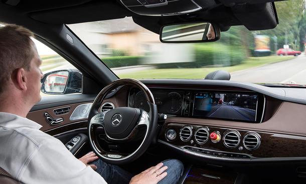 Mercedes autonomes fahren selbstfahrende Autos Serie 2030 Daimler