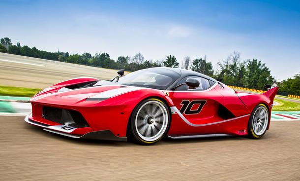 Ferrari FXX K LaFerrari Supersportwagen Rennwagen Faszination