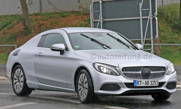 Mercedes C-Klasse Coupé 2015 IAA Erlkönig wenig Tarnung