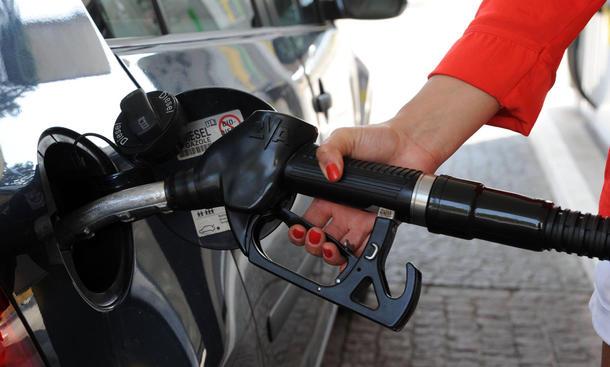 falsch getankt was tun ratgeber tipps service benzin diesel