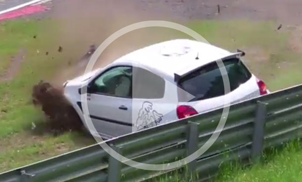 Renault Clio RS im Crash-Video