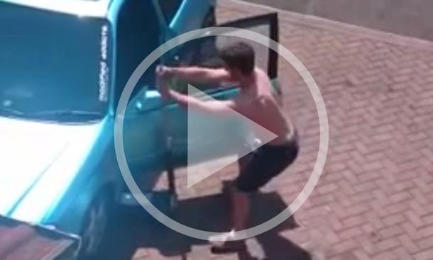 Video: Tanz mit dem Wagenheber