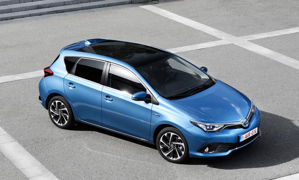 toyota auris facelift 2015 kompaktklasse neuheiten panorama