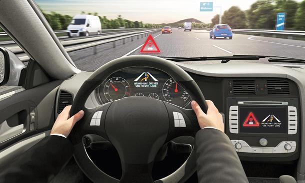 Connectivity Neuheiten Technik Sicherheit Bosch Geisterfahrer Assistent