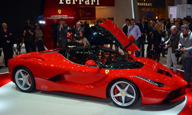 Ferrari LaFerrari 2013 Voraussetzung Kauf F12 Berlinetta Philippinen