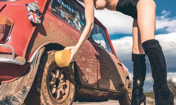 Hot Carwash 2015 Kalender Erotik Schönheiten Juli