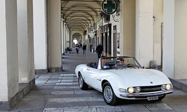 Fiat Dino Spider Turin Italien Reise Reportage