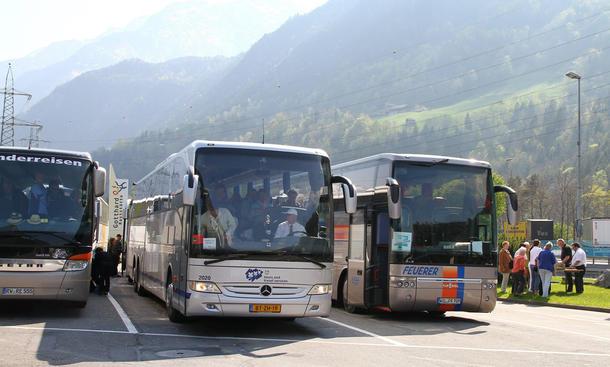 reisebus tempolimit autobahn reisebusse deutschland heraufsetzung