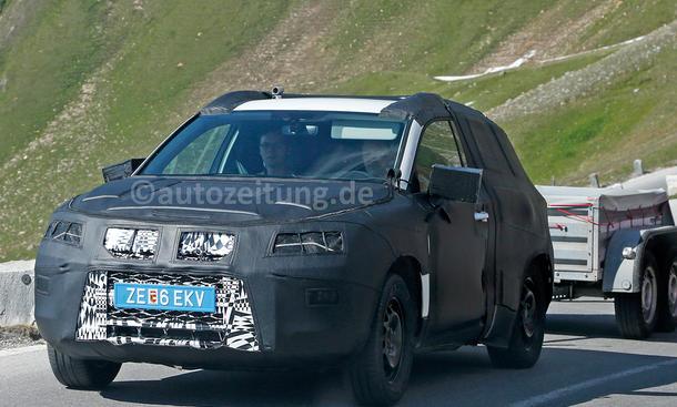 Seat SUV 2016 Erlkönig 20V20 Kompakt-SUV Offroader