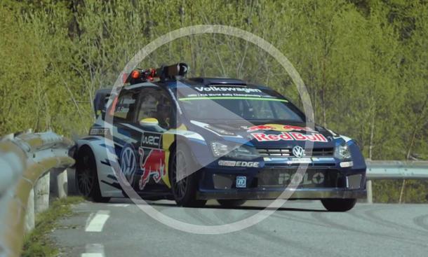 Mikkelsen im VW Polo R WRC vs. Ski-Olympiasieger Svindal