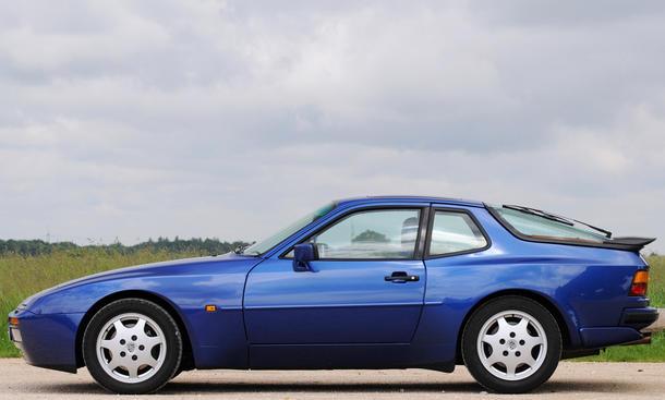 porsche 944 turbo classic cars spoiler vergleichstest seitenansicht