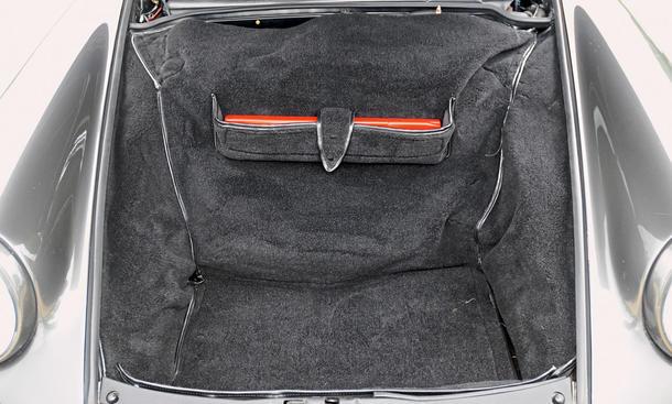 porsche 911 carrera 2 964 vergleichstest classic cars kofferraum