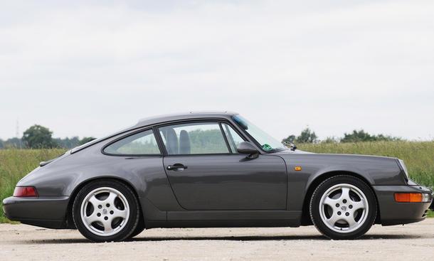 porsche 911 carrera 2 964 vergleichstest classic cars seitenansicht
