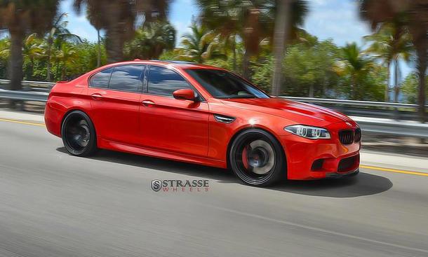 BMW M5 mit Tuning von Strasse Wheels