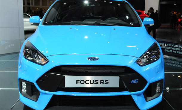 ford focus rs preis performance power package. Black Bedroom Furniture Sets. Home Design Ideas