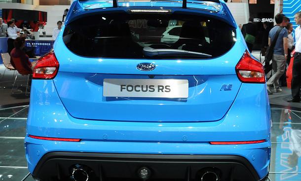 ford focus rs preis performance power package bild 4. Black Bedroom Furniture Sets. Home Design Ideas