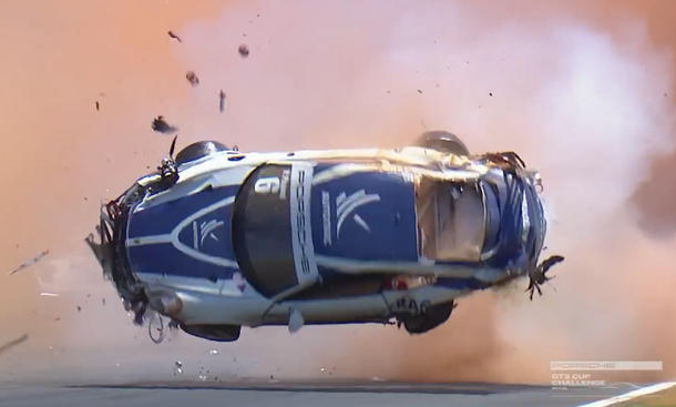 Porsche 911 Crash Video