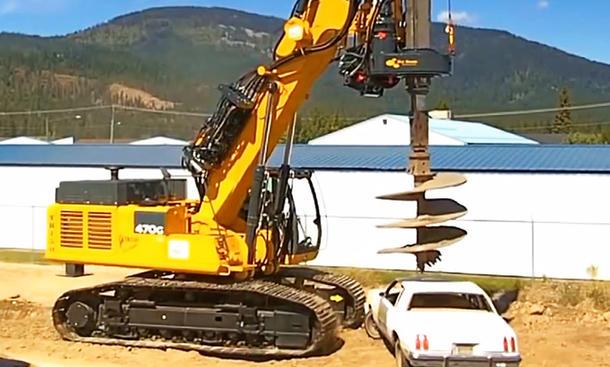 Auto Bagger Video Zerstörung