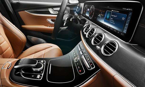 Armaturenbrett mercedes  Mercedes E-Klasse (2016): Kombiinstrument im Netz   autozeitung.de