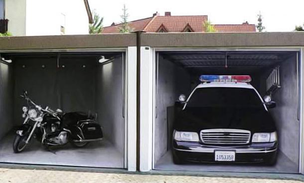 Garagentorbilder  3D-Sticker: Tuning fürs Garagentor | autozeitung.de