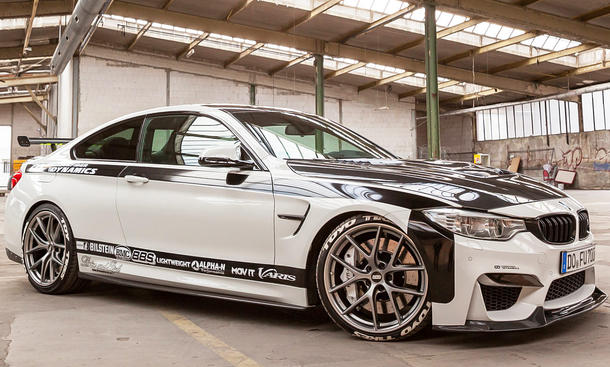 BMW M4 von Carbonfiber Dynamics