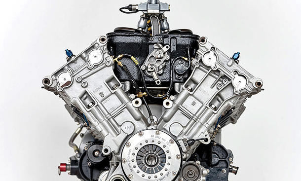 Ferrari f1 v10 motor michael schumachers rennmotor bild Micheal motors