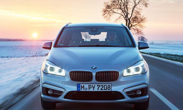 BMW 225xe Active Tourer (2016)
