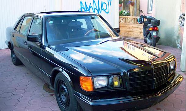 Mercedes-Benz 560 SEL von Kalle Schwensen