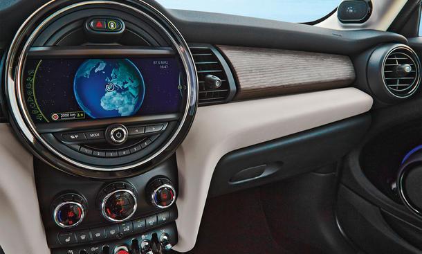 Navigationsgeräte Test 2016 Vergleich