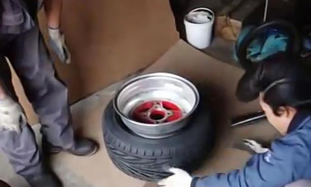 225er Reifen auf Zwölf-Zoll-Felge