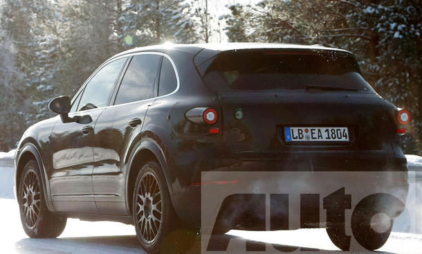 porsche cayenne iii 2017 erste fotos bild 4. Black Bedroom Furniture Sets. Home Design Ideas