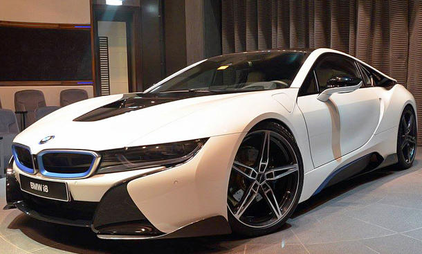 BMW i8 von Abu Dhabi Motors