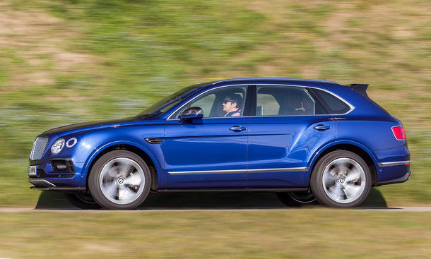 Bentley bentayga porsche cayenne turbo s test bild 5 for Ohrensessel test