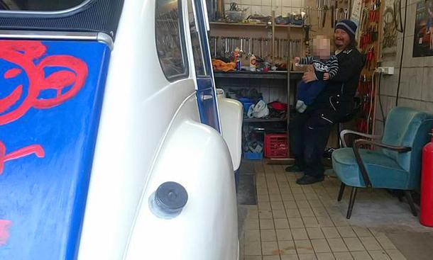 Peter Ludolfs restauriert einen Citroën 2CV