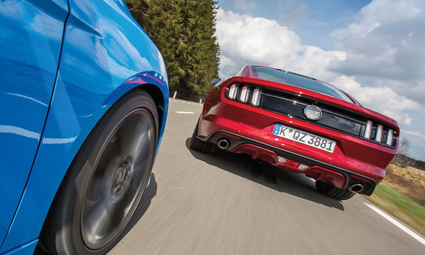 Ford Focus RS/Ford Mustang GT: Vergleich