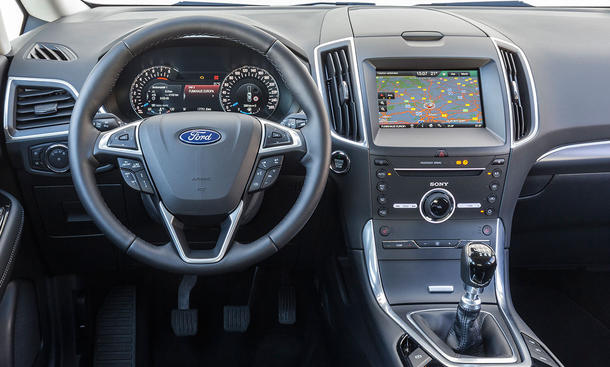 Ford S Max Mondeo Turnier Test