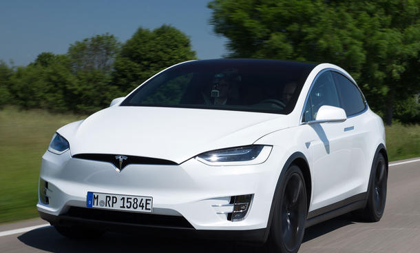 Neues Tesla Model X