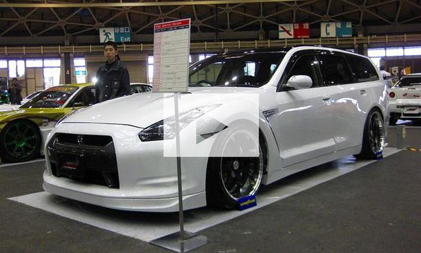 Nissan Stagea als GT-R: Video