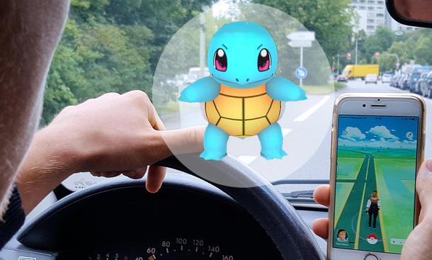 Pokémon Go beim Autofahren
