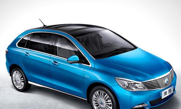 Denza 400 Elektroauto von Daimler