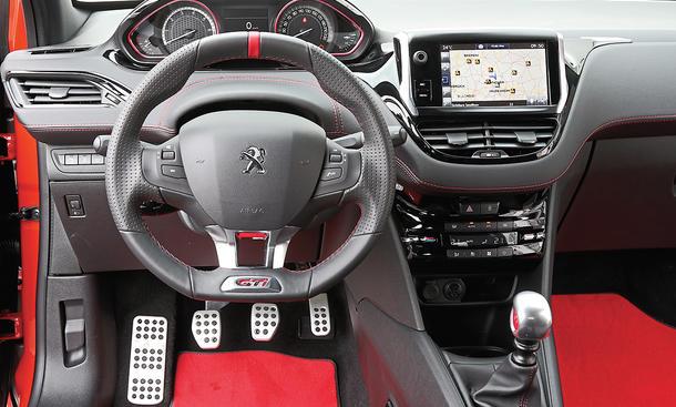 Peugeot 208 GTi (2016)